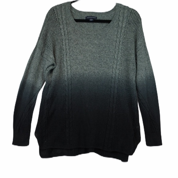 American eagle M black grey ombré sweater